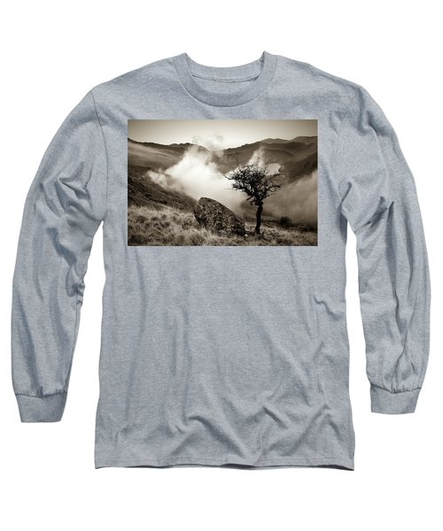 Early Mist, Nant Gwynant Long Sleeve T-Shirt