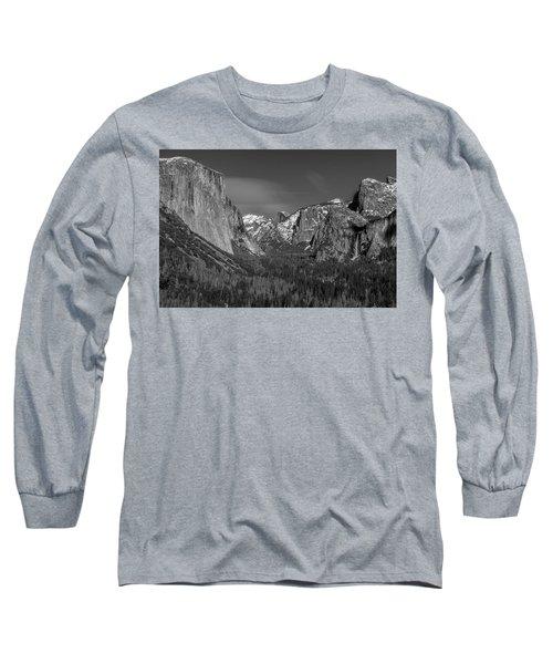 El Capitan And Half Dome Long Sleeve T-Shirt