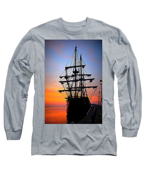 El Galeon At Sunrise Long Sleeve T-Shirt
