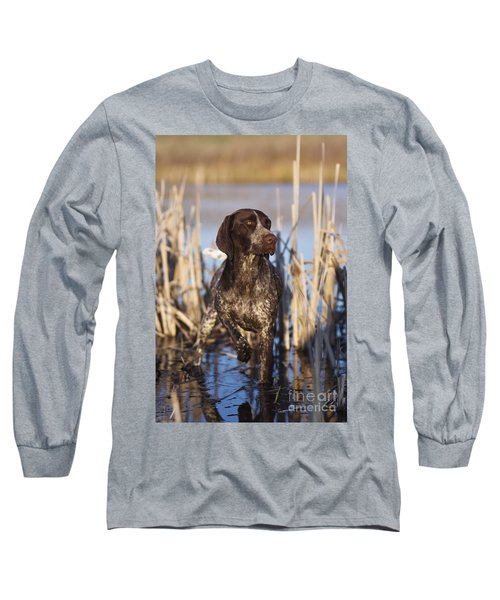 German Shorthair On Point -  D000897 Long Sleeve T-Shirt