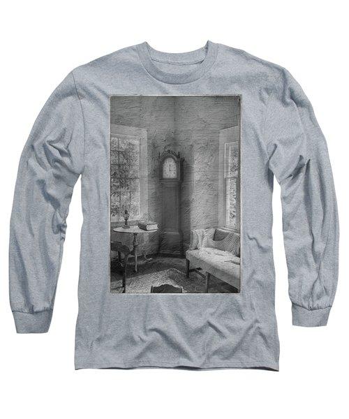 Grandfather's Clock Long Sleeve T-Shirt