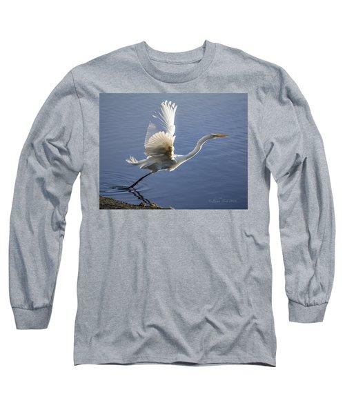 Great Egret Taking Flight Long Sleeve T-Shirt