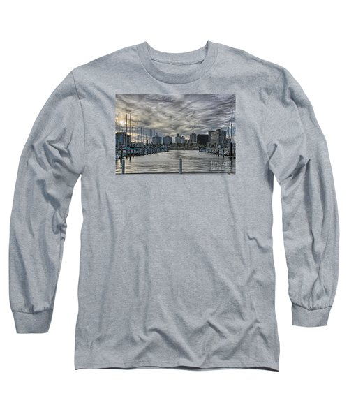 Hanging Out At The T-head Long Sleeve T-Shirt