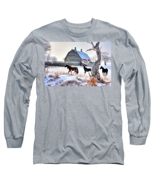 Horses And Barn Long Sleeve T-Shirt
