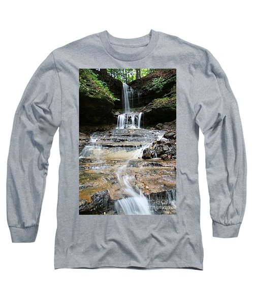 Long Sleeve T-Shirt featuring the photograph Horseshoe Falls #6735 by Mark J Seefeldt