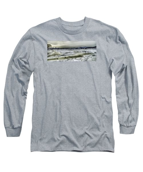 Long Sleeve T-Shirt featuring the photograph Hudson River Cold Spring, New York by Rafael Quirindongo