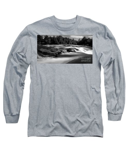Long Sleeve T-Shirt featuring the photograph Hudson River Solice by Darleen Stry