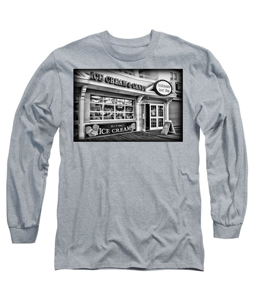 Ice Cream And Candy Shop At The Boardwalk - Jersey Shore Long Sleeve T-Shirt