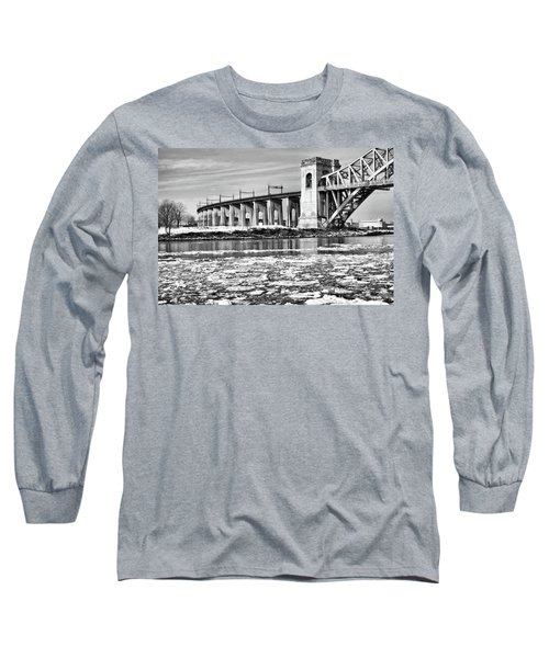 Ice Flows On The East River Long Sleeve T-Shirt