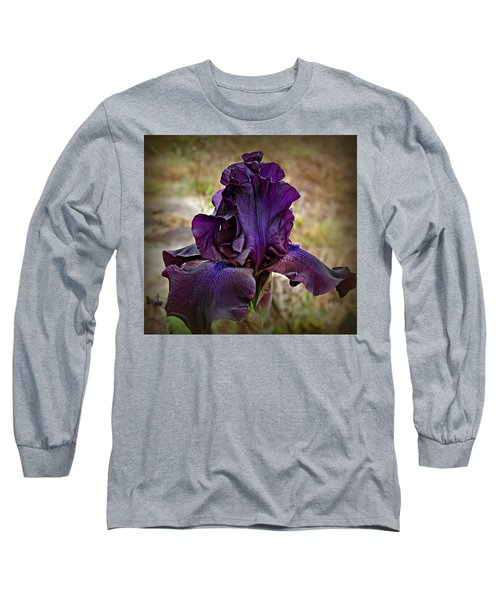 Iris Beauty Long Sleeve T-Shirt