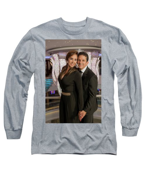Julio Y Dianita Long Sleeve T-Shirt