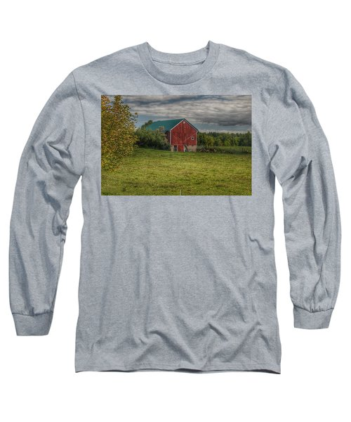 0039 - Kingston's Plain Road Cow Barn I Long Sleeve T-Shirt