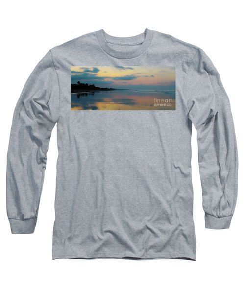 la Casita Playa Hermosa Puntarenas - Sunrise One - Painted Beach Costa Rica Panorama Long Sleeve T-Shirt