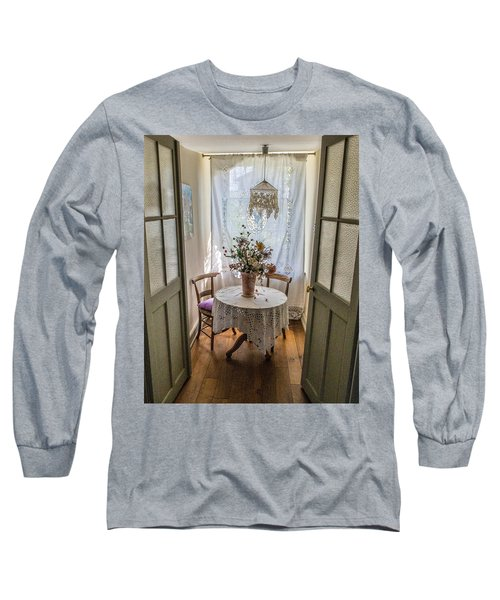 Lacy Alcove Long Sleeve T-Shirt