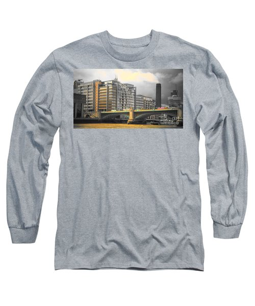 London Long Sleeve T-Shirt by Therese Alcorn