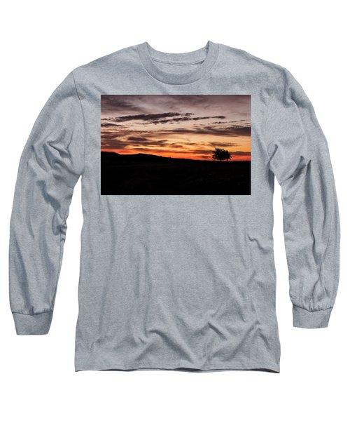 Lone Tree At Sunrise Long Sleeve T-Shirt