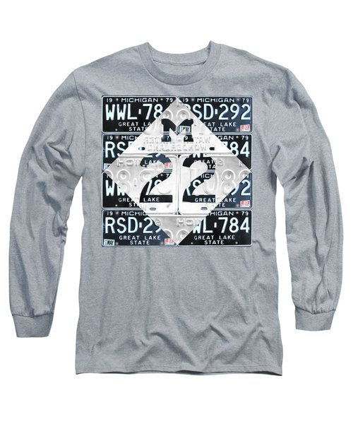 M22 Michigan Highway Symbol Recycled Vintage Great Lakes State License Plate Logo Art Long Sleeve T-Shirt