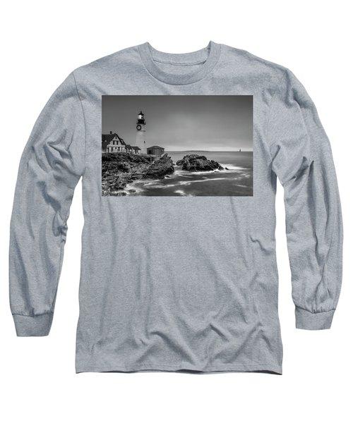 Maine Cape Elizabeth Lighthouse Aka Portland Headlight In Bw Long Sleeve T-Shirt