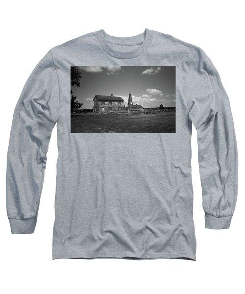 Long Sleeve T-Shirt featuring the photograph Manassas Battlefield Farmhouse 2 Bw by Frank Romeo