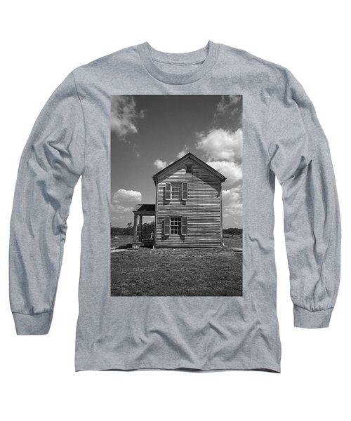 Long Sleeve T-Shirt featuring the photograph Manassas Civil War Battlefield Farmhouse Bw by Frank Romeo