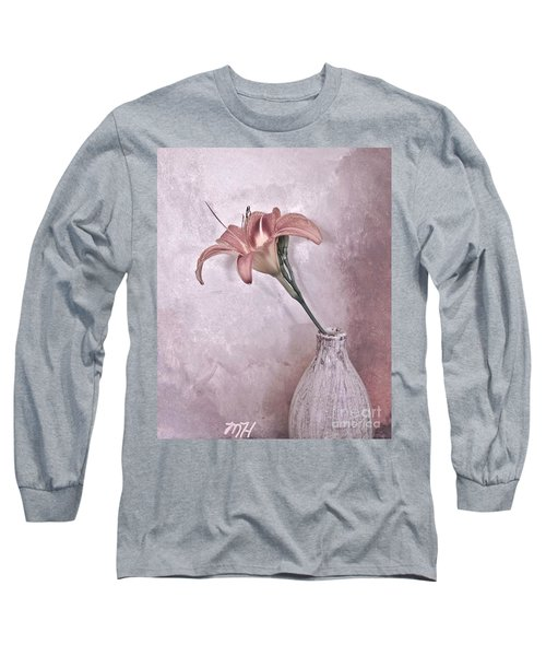 Mauve Lily Long Sleeve T-Shirt