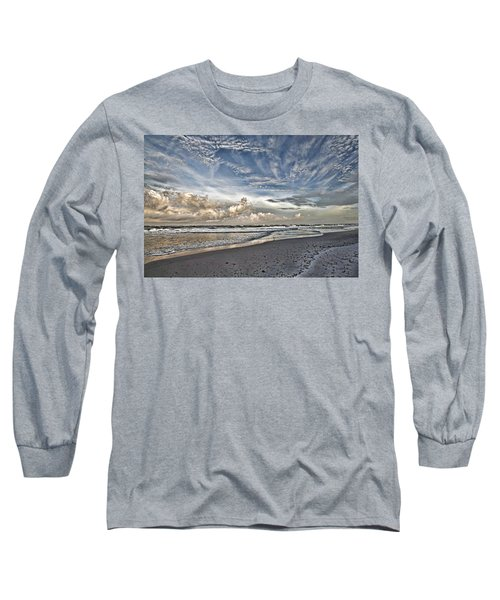 Morning Sky At The Beach Long Sleeve T-Shirt