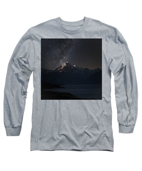 Mount Cook And Lake Pukaki At Night Long Sleeve T-Shirt