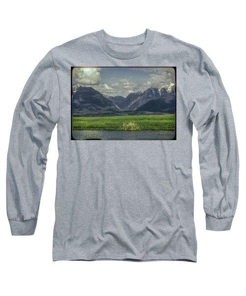 Mountain View Montana.... Long Sleeve T-Shirt