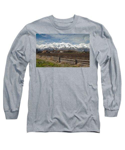 Mountains In Logan Utah Long Sleeve T-Shirt