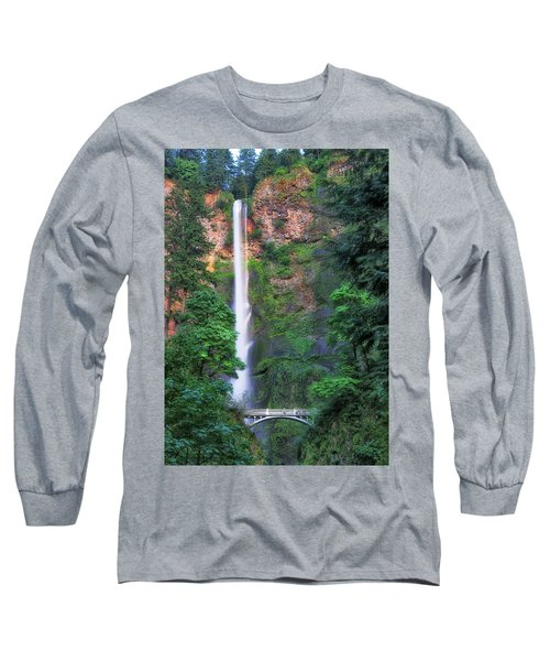 Multnomah Falls Portland Oregon Long Sleeve T-Shirt