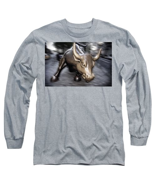 Long Sleeve T-Shirt featuring the photograph New York Bull Of Wall Street by Juergen Held