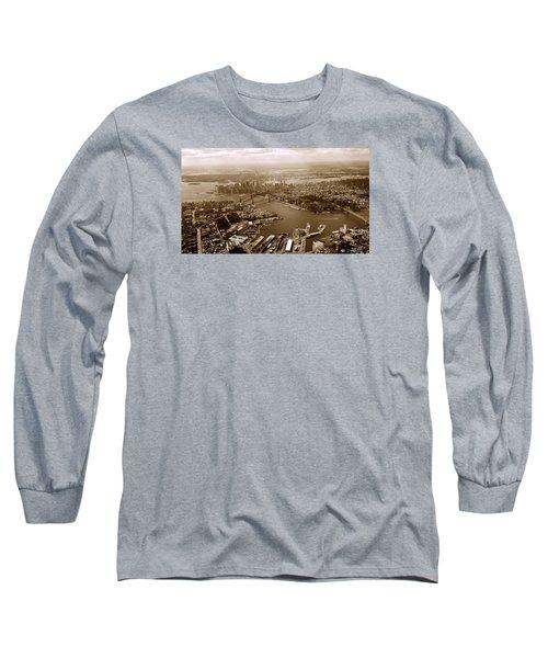 New York Skyline Long Sleeve T-Shirt by Chris Fraser