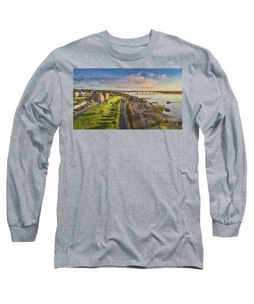 Newburgh Waterfront Looking North Long Sleeve T-Shirt