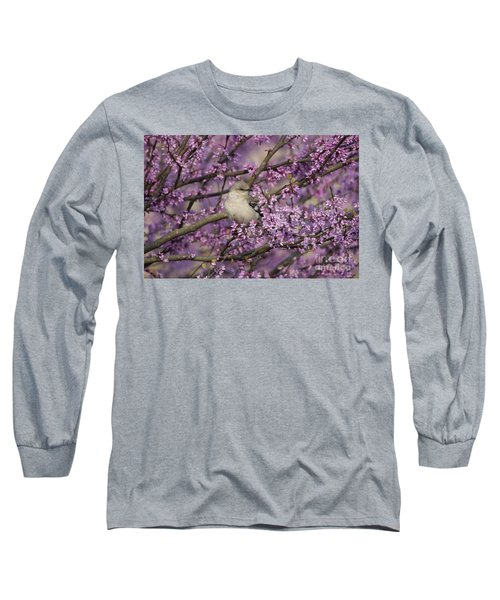 Northern Mockingbird In Blooming Redbud Tree Long Sleeve T-Shirt by Nature Scapes Fine Art