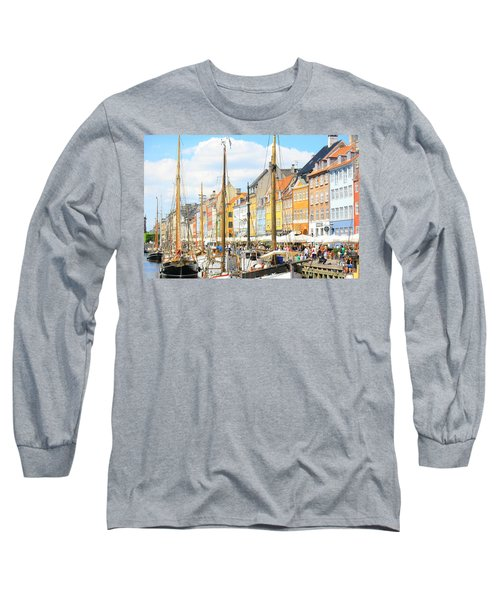 Nyhavn Long Sleeve T-Shirt by Calvin Roberts Photography