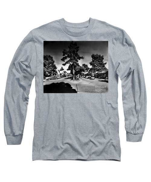 Ocean Avenue At Lincoln St - Carmel-by-the-sea, Ca Cirrca 1941 Long Sleeve T-Shirt