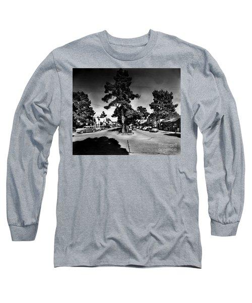 Ocean Avenue At Lincoln St - Carmel-by-the-sea, Ca Cirrca 1941 Long Sleeve T-Shirt