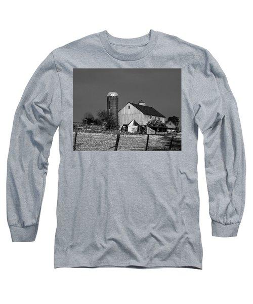 Old Barn 1 Long Sleeve T-Shirt