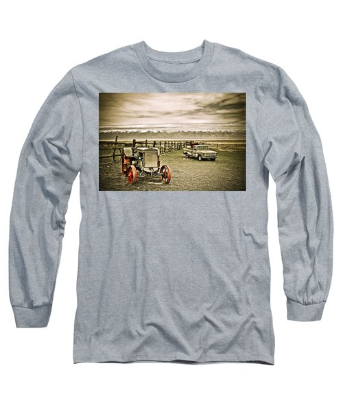 Old Case Tractor Long Sleeve T-Shirt