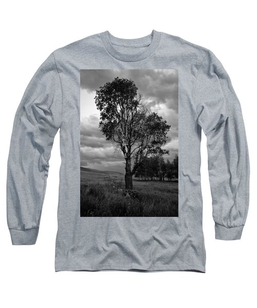 Old Tree, Lost Trail Wildlife Refuge Long Sleeve T-Shirt