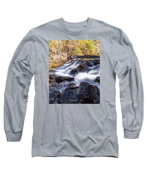 Long Sleeve T-Shirt featuring the photograph On Jennings Creek by Alan Raasch