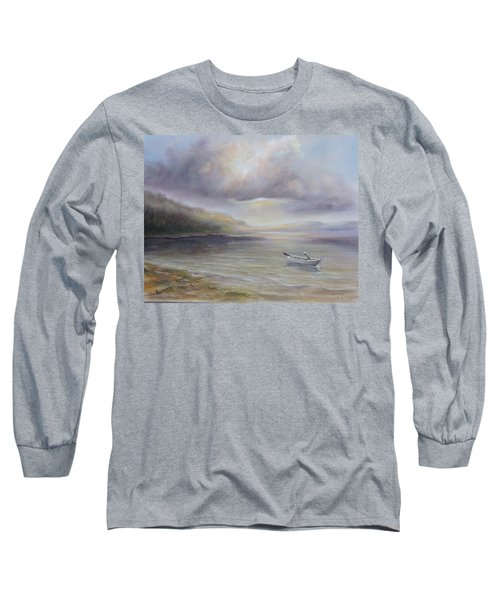 Beach By Sruce Run Lake In New Jersey At Sunrise With A Boat Long Sleeve T-Shirt