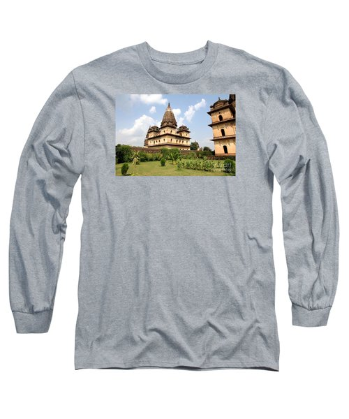 Palaces In Orccha Central India Long Sleeve T-Shirt