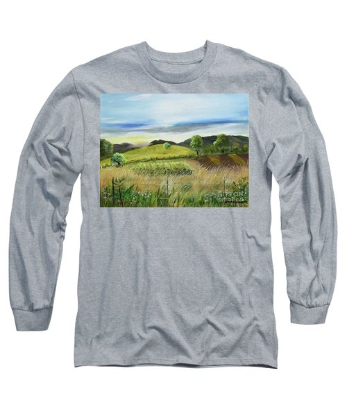 Pasture Love At Chateau Meichtry - Ellijay Ga Long Sleeve T-Shirt