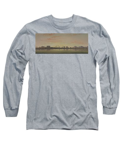 Pylons At Karnak, The Theban Mountains In The Distance Long Sleeve T-Shirt