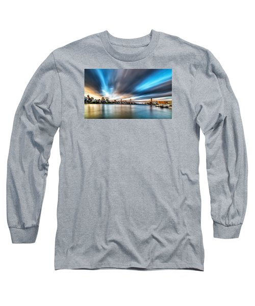 Long Sleeve T-Shirt featuring the photograph Queensboro Bridge by Rafael Quirindongo