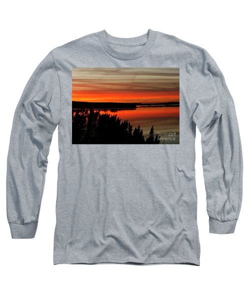 Red Sky On The Illinois River Long Sleeve T-Shirt
