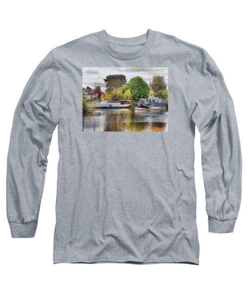 Long Sleeve T-Shirt featuring the digital art Riverview Vii by Leigh Kemp