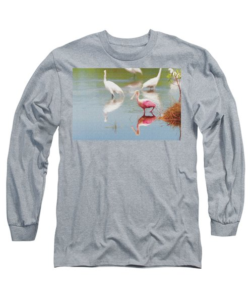 Roseate Spoonbill Eating In A Lagoon With Other Egrets Long Sleeve T-Shirt