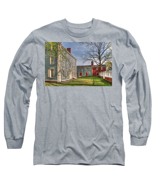 Royall House And Slave Quarters Long Sleeve T-Shirt